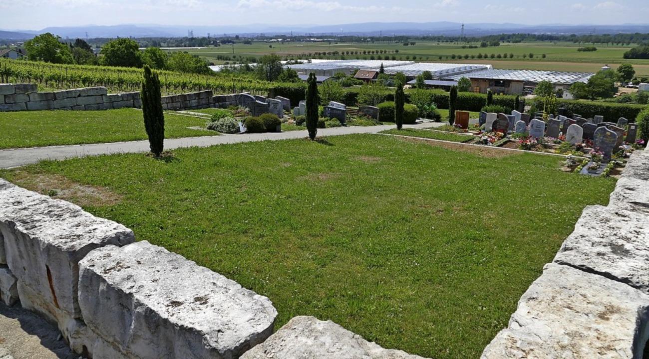 Der Fischinger Friedhof hat ein freundliches Gesicht erhalten.   | Foto: Ulrich Senf
