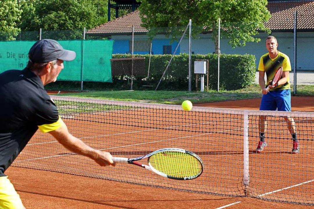 Tennis im Einzel ist möglich, wie hier beim Tennisclub Bötzingen.  | Foto: Daniel Hengst