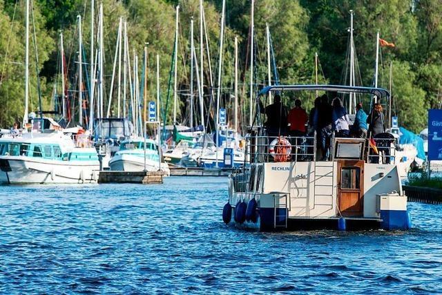 Die Mecklenburgische Seenplatte lockt Bootsurlauber an