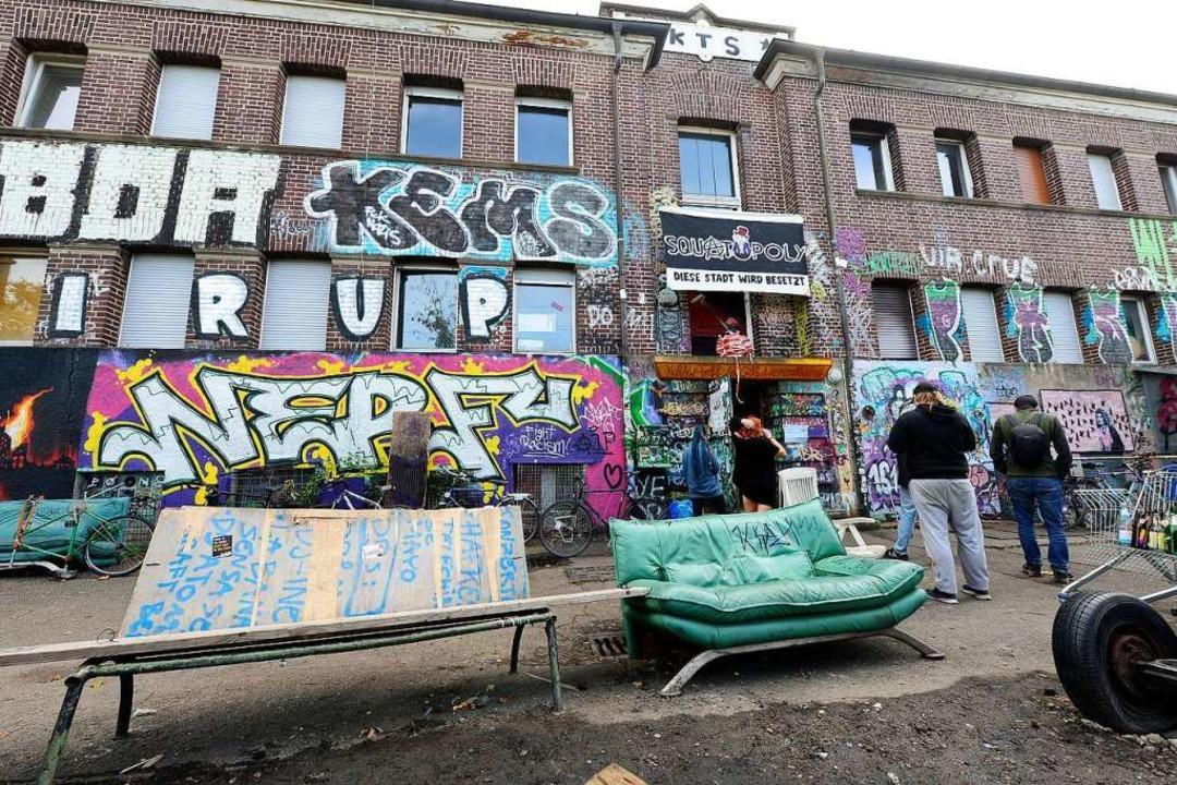 Alternative Kultur oder linksextremist...ffpunkt? Die KTS an der Basler Straße.  | Foto: Ingo Schneider