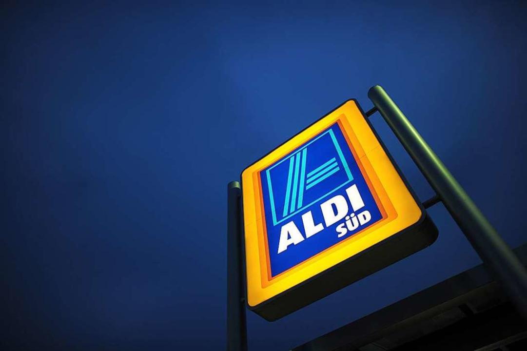 Die Aldi-Filiale soll auf dem letzten ...hell-Tankstelle entstehen (Symbolbild)  | Foto: Federico Gambarini