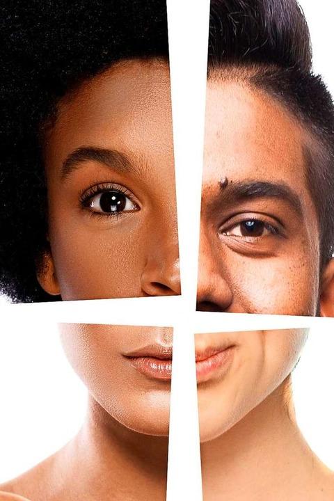 Was sehen wir hier? Menschen aus vier Populationen, würden Biologen sagen.  | Foto: F8Studio, golubovy, blackday (stock.adobe.com)