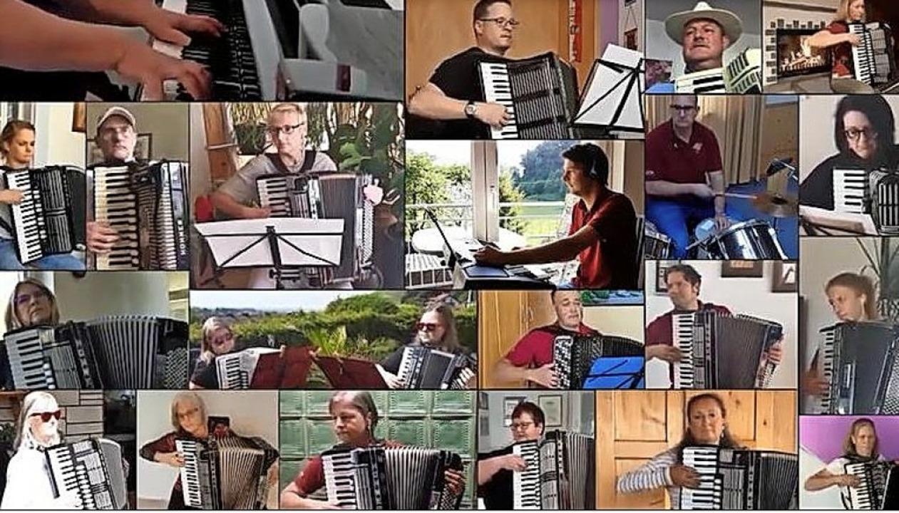 Zählen die Tage: Akkordeon-Spieler aus Sulzburg und Münstertal  | Foto: Screenshot BZ