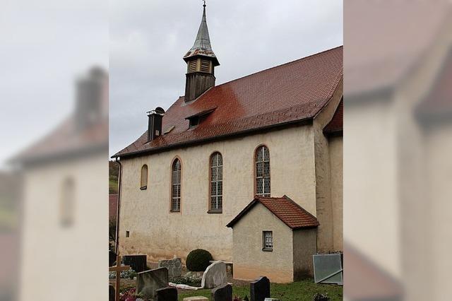 Archäologen untersuchen Fundament der Kirche