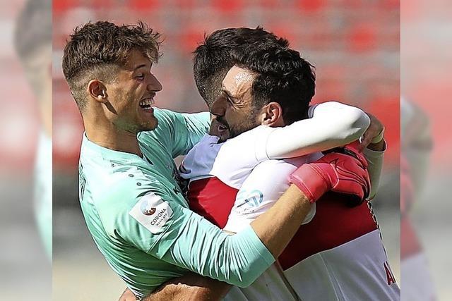Der VfB Stuttgart freut sich über den Fast-Aufstieg