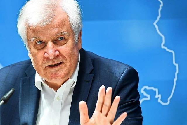 Seehofer will Journalistin anzeigen und löst Debatte über Pressefreiheit aus