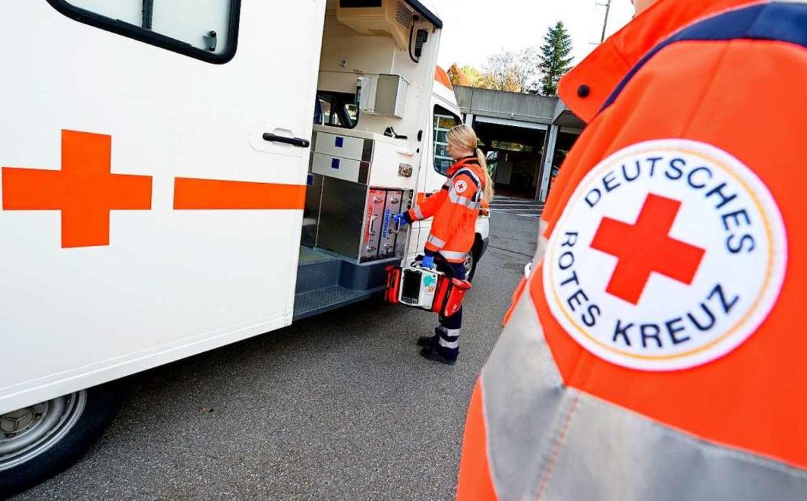 Herzdruckmassage, Mund-zu-Nase-Beatmun...darf man keine Berührungsängste haben.    Foto: Bernd Weissbrod