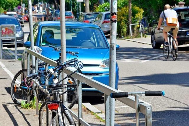Initiative fordert, Freiburg fußgänger- und fahrradfreundlicher zu gestalten