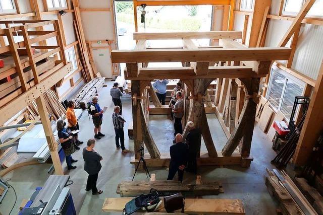 Restaurierung des Glockenstuhls vom Breisacher Münster kommt voran