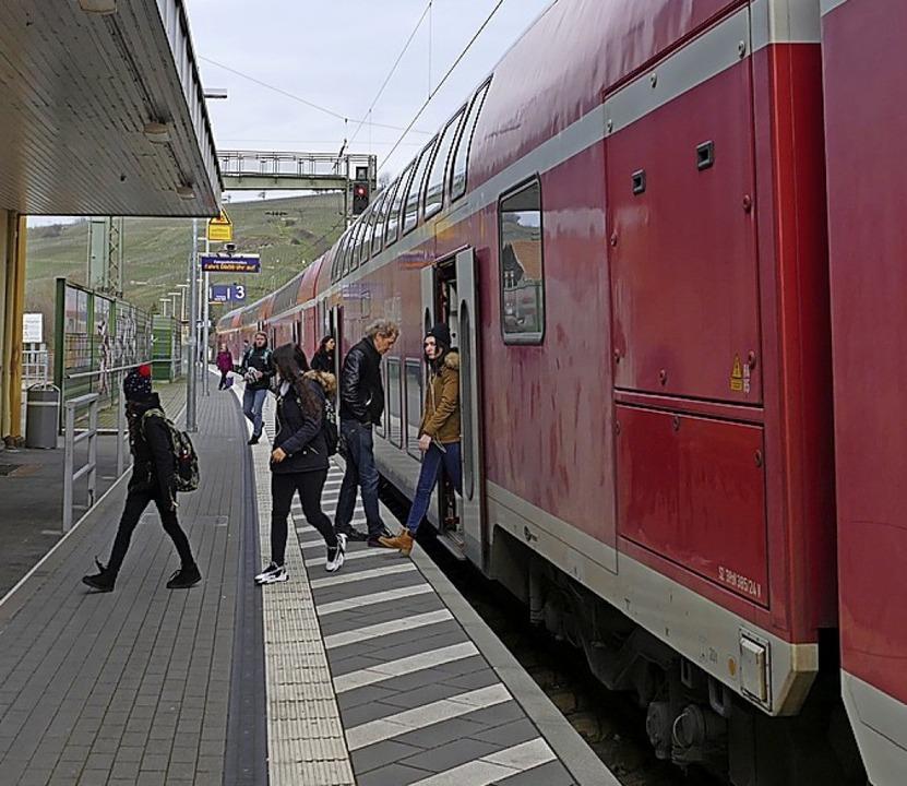 Der neue Fahrplan, der    Verschlechte...t Verkehrsministerium ein Provisorium.  | Foto: Victoria Langelott