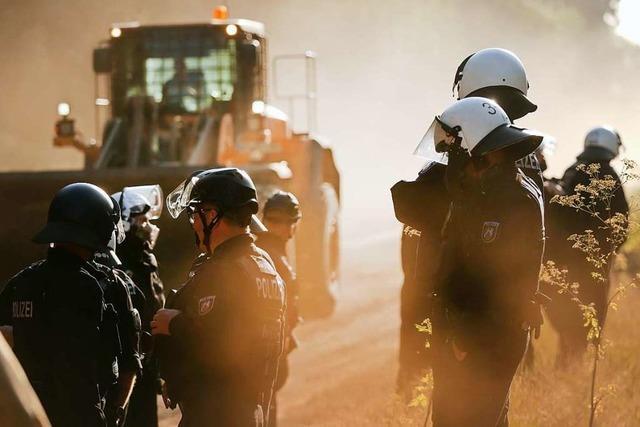 Polizeiaktion im Hambacher Forst – keine Räumung geplant