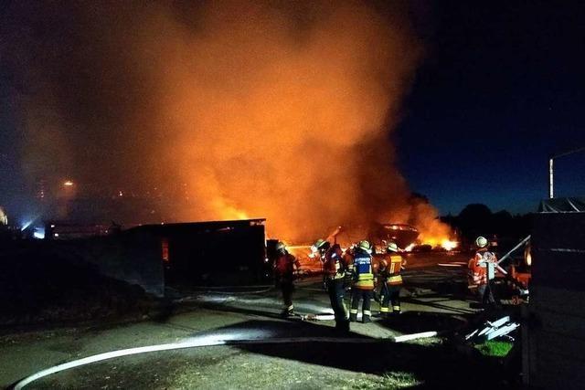 Mindestens 400.000 Euro Schaden bei Großbrand auf Bauernhof in Grafenhausen