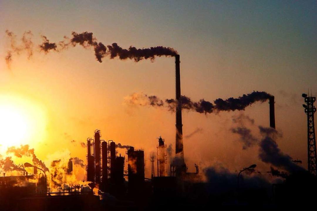 Die Industrie hat sich mit der Zeit im...d heute sogenannte Industriedenkmäler.  | Foto: A2800 epa Ryan Tong