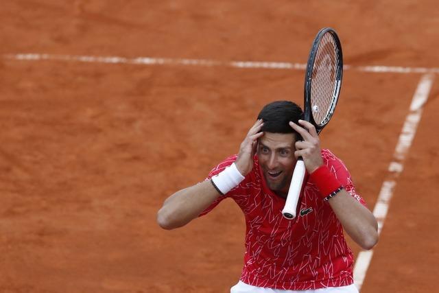 Tennisstar Novak Djokovic und drei weitere Spieler positiv auf Corona getestet