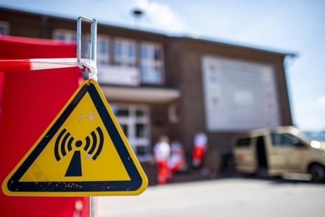 Corona bei Tönnies: NRW schickt den Kreis Gütersloh und den Kreis Warendorf in den Lockdown
