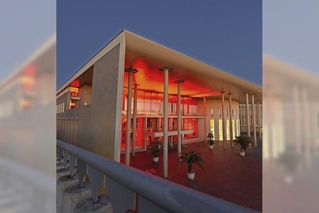 Rote Fassaden in der
