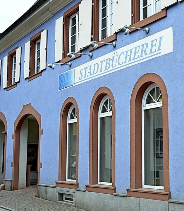 Wieder geöffnet: die Bücherei  | Foto: Moritz Lehmann