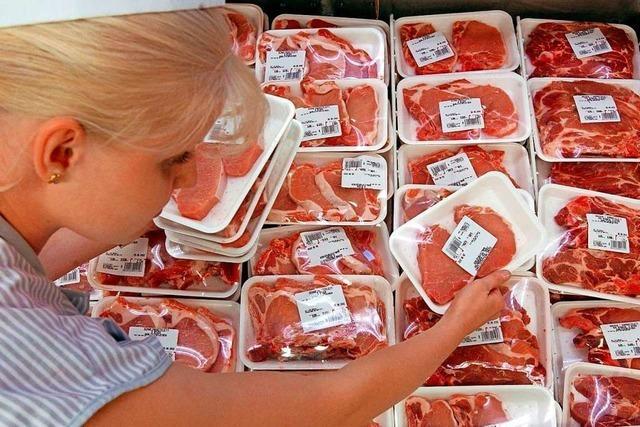 Wie erkenne ich im Supermarkt die Herkunft von Fleisch?