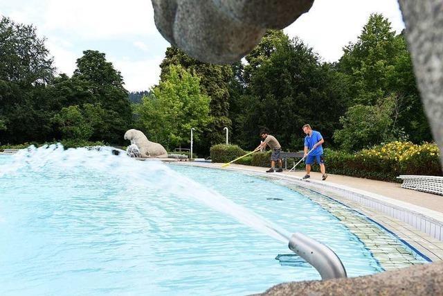 Freiburg will Nachbesserungen bei Regeln für Schwimmbäder prüfen