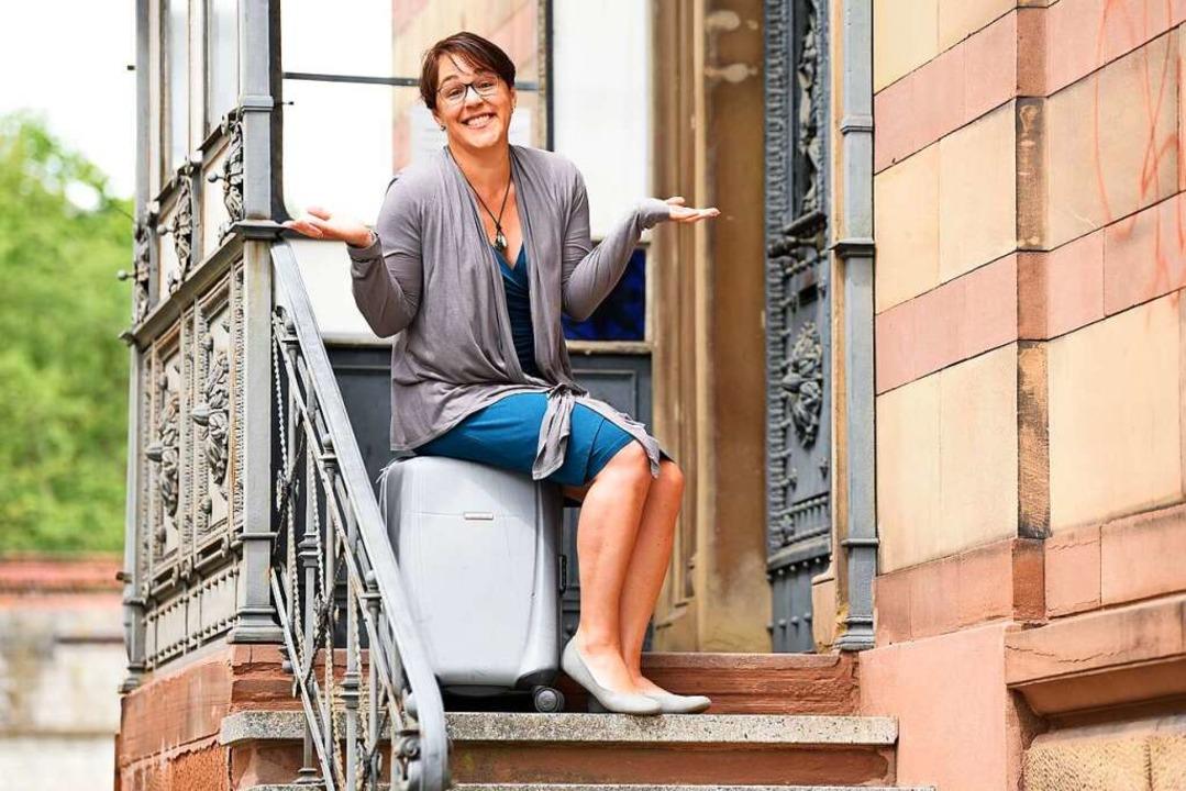 Blieb auf gepackten Koffern sitzen: Manuela Boatca.  | Foto: Rita Eggstein