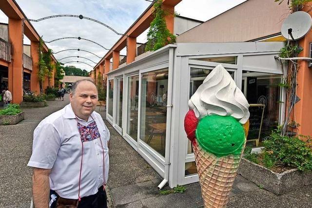 Nicht alle Geschäfte des EKZ in Freiburg-Landwasser ziehen aufs Kannenberggelände