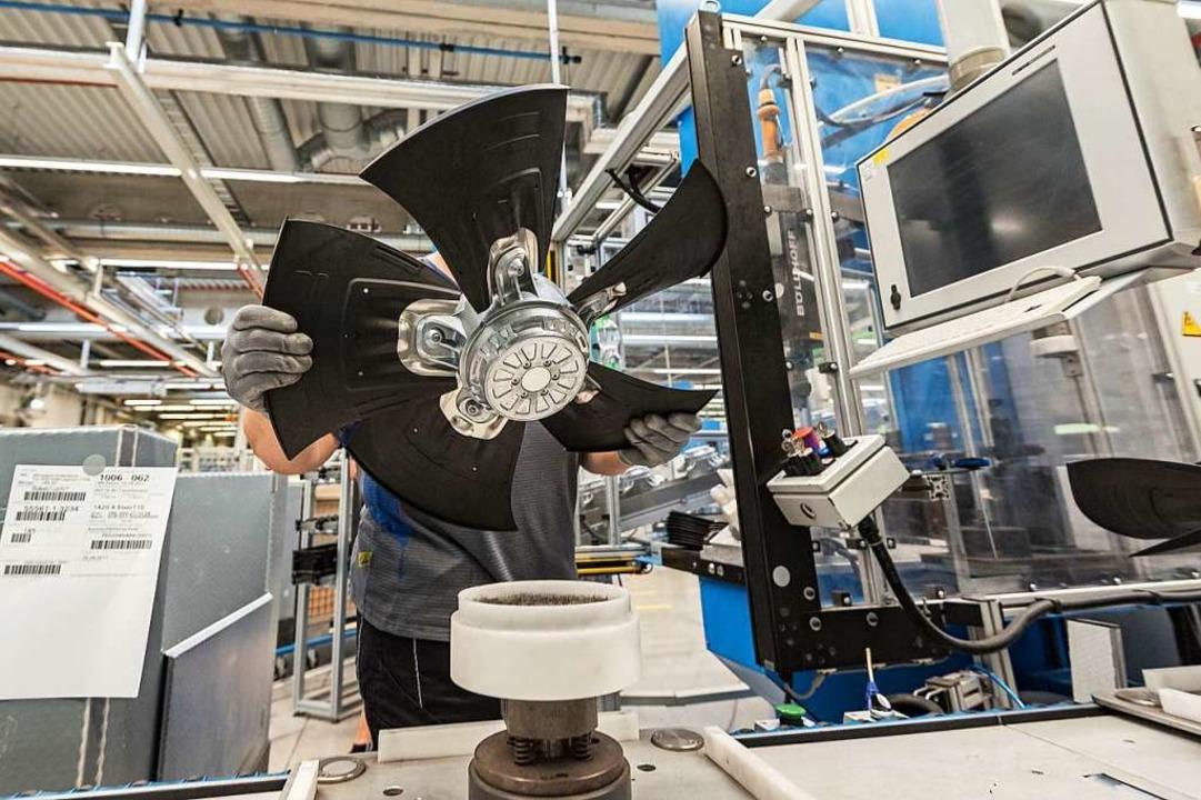 Produktion von Ventilatoren bei EBM-Papst  | Foto: Daniel Maurer (dpa)