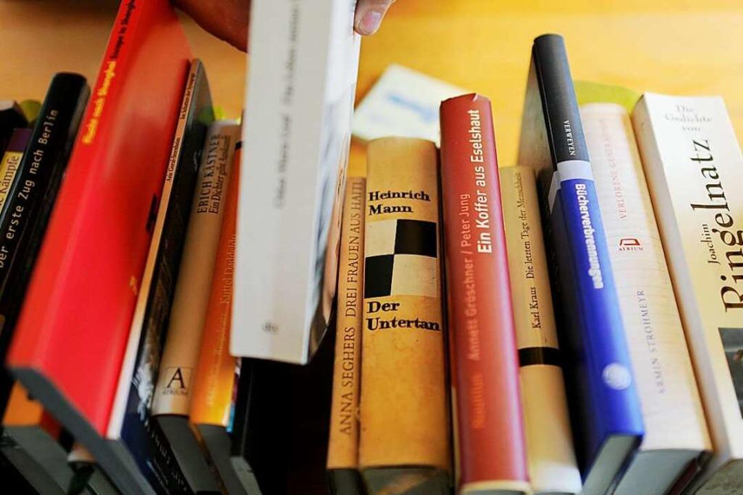 Lang war die Liste der Bücher, an denen die Nationalsozialisten Anstoß nahmen.   | Foto: Angelika Warmuth