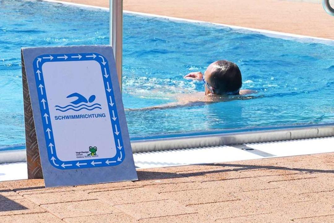Die Schwimmrichtung wird vorgegeben.  | Foto: Kathrin Ganter