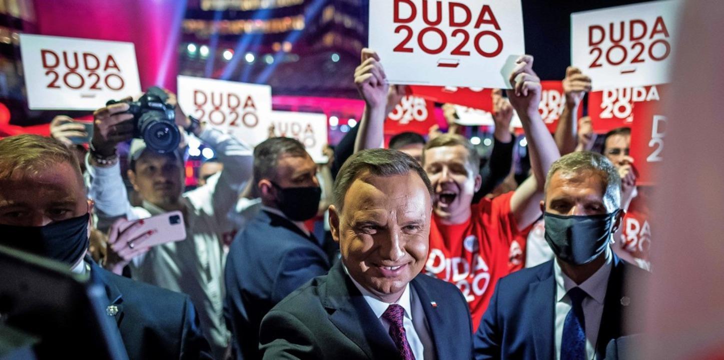 Polens Präsident Andrzej Duda wirbt um...lkonservativen Wählerinnen und Wähler.  | Foto: WOJTEK RADWANSKI (AFP)