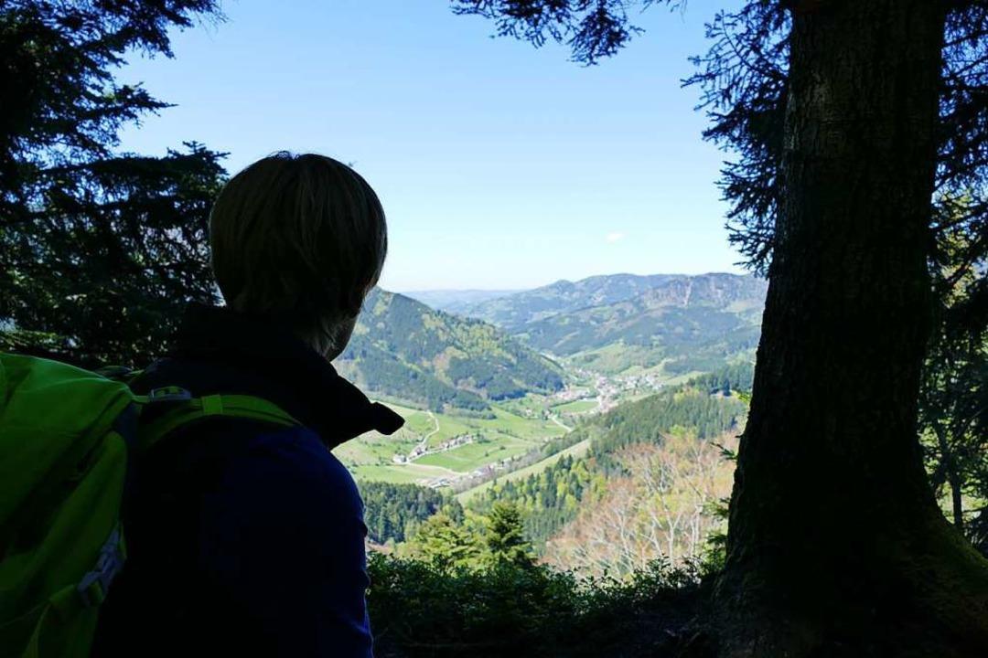 Aufstieg wird belohnt: Ausblick auf das Simonswälder Tal  | Foto: Ronja Vattes