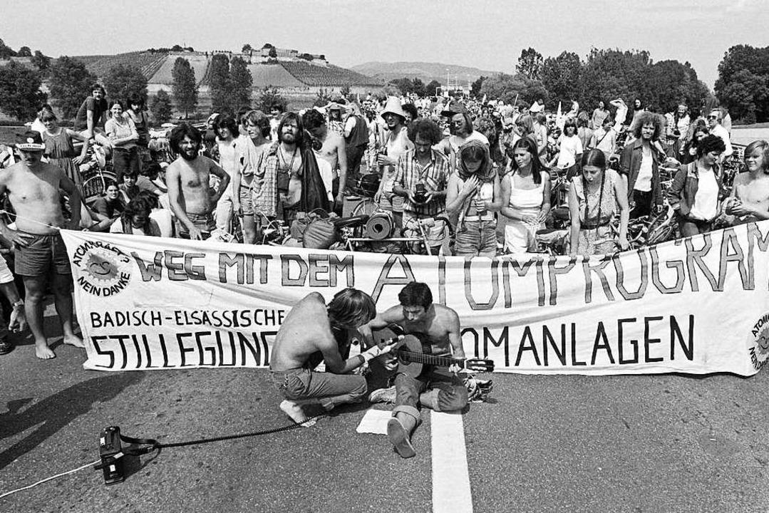 Protest gegen Fessenheim im Juni 1981 an der deutsch-französischen Grenze  | Foto: MARCEL MOCHET