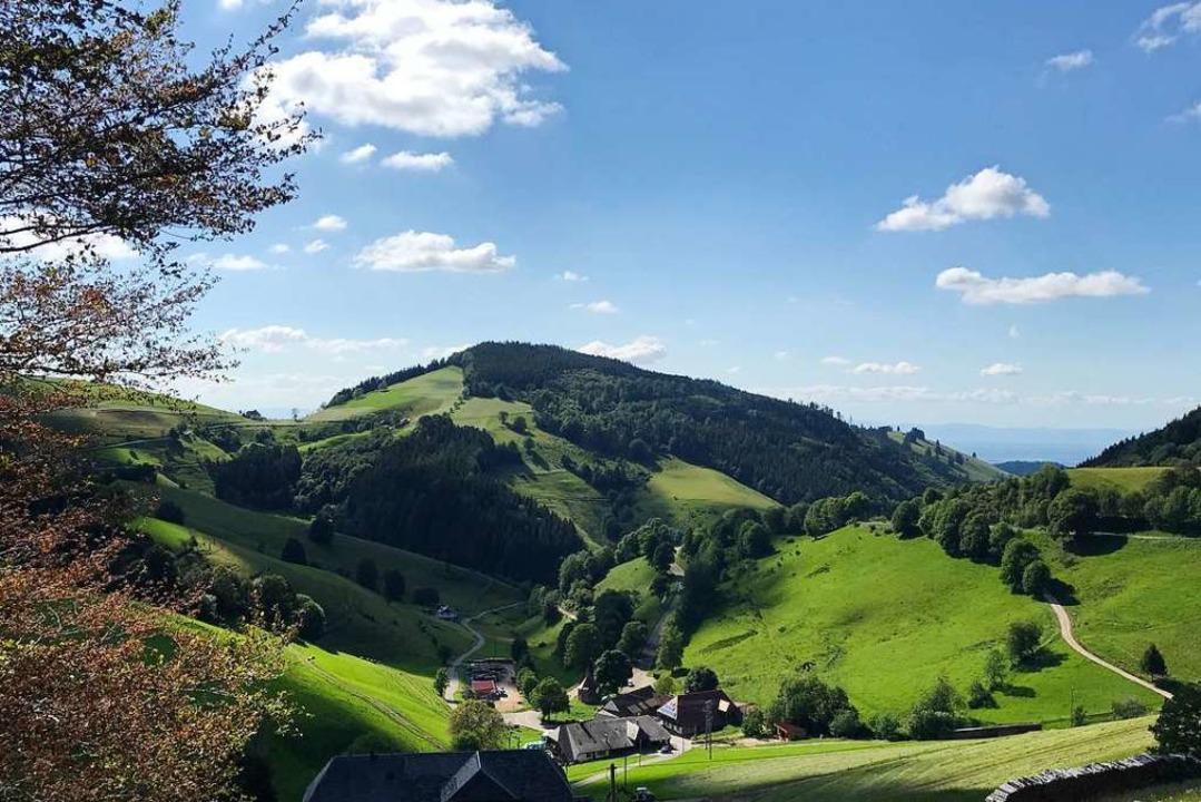 Der Blick vom Wiedener Eck über den We...m Breitnaukopf ist schöner als gemalt.  | Foto: Bernhard Amelung