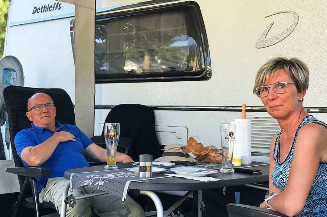 Die Portmanns wollen beim Campen Abstand vom Alltag gewinnen.  | Foto: Bernhard Amelung