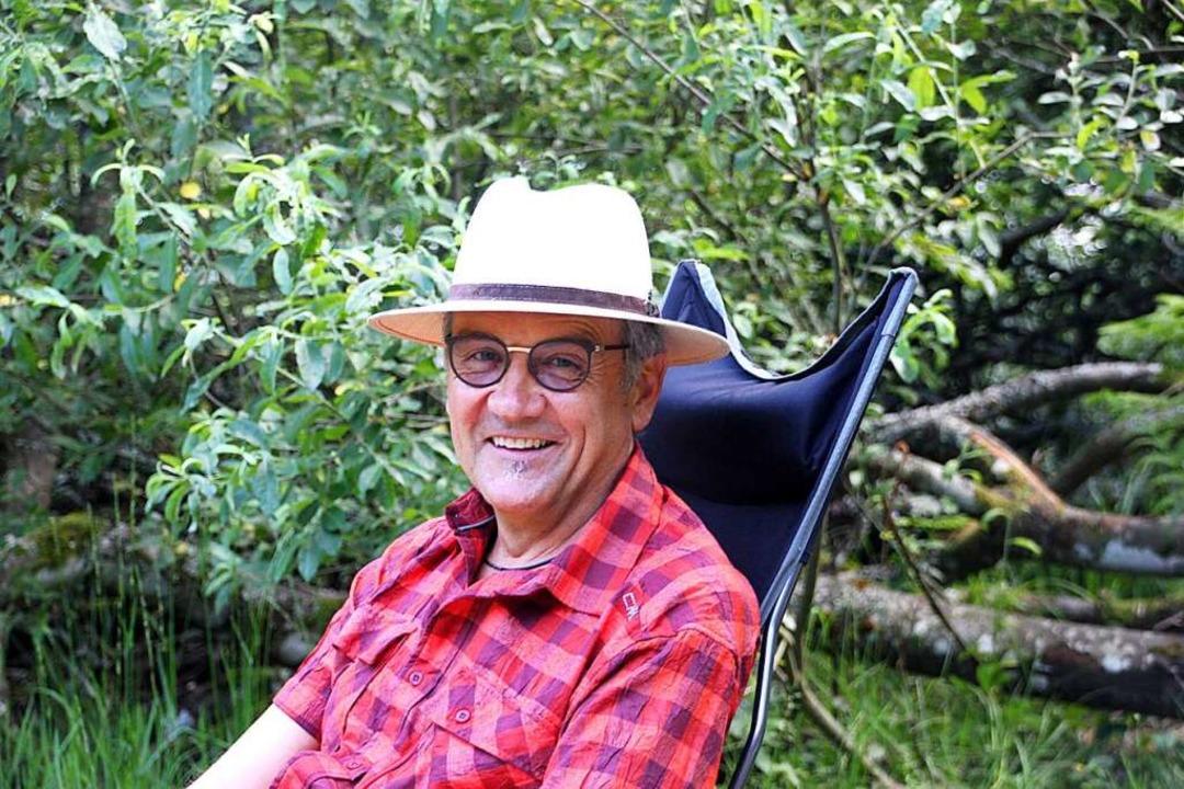Arnold Jost aus Müllheim kommt seit se...heit immer wieder zum Nonnenmattweiher  | Foto: Yvonne Rünzi