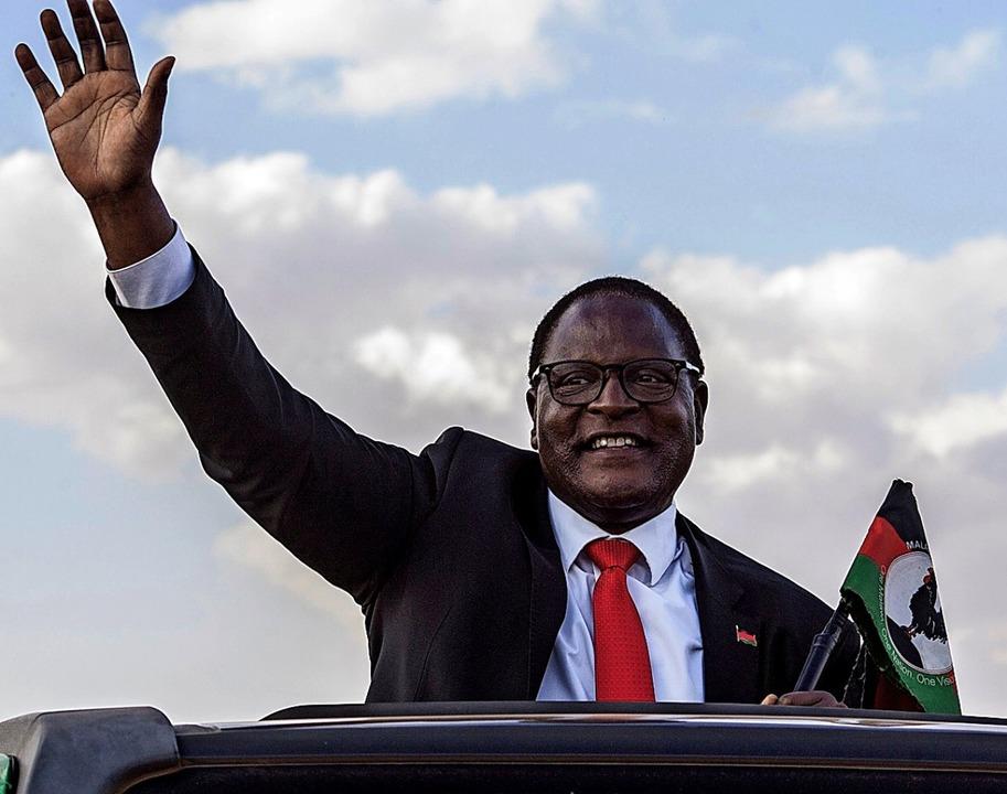 Lazarus Chakwera (65) nach seinem Sieg – und dem der Demokratie.  | Foto: AMOS GUMULIRA (AFP)