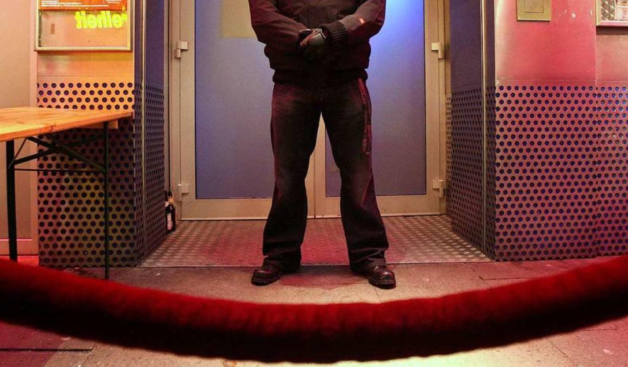 Ein Türsteher hat einen Ü40er abgewies... wehrt sich jetzt vor Gericht dagegen.  | Foto: Bodo Marks