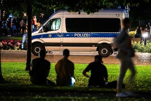 Polizei zeigt nach Krawallnacht Präsenz in Stuttgart – doch es bleibt ruhig