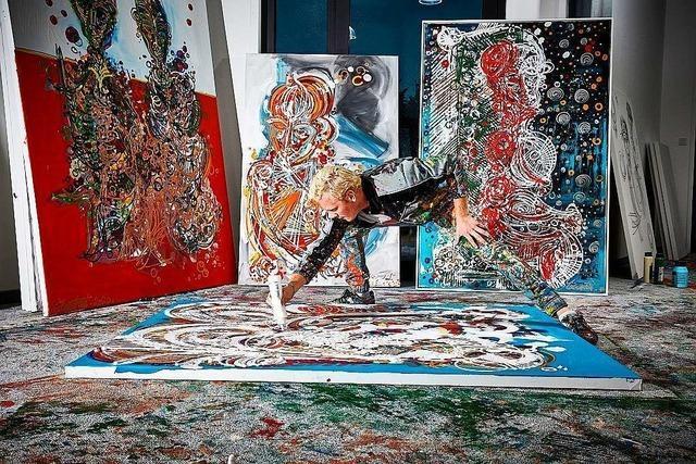Umstrittener Künstler Leon Löwentraut zeigt seine Farbfantasien in der Kunsthalle Messmer