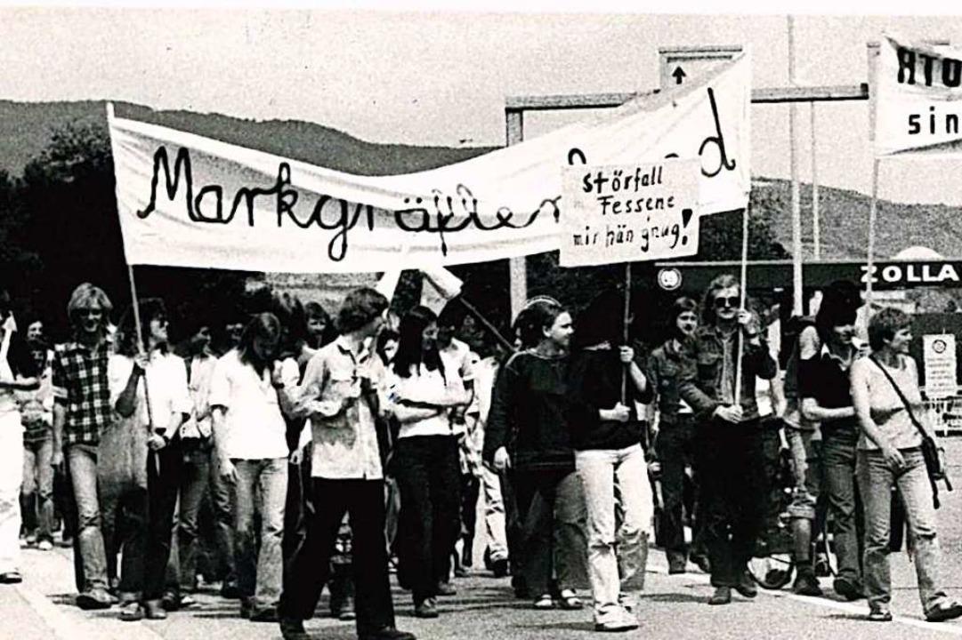 Immer wieder gab es Demonstrationen ge...nheim, hier bei Breisach im Mai 1981.   | Foto: Heinz Wurzer