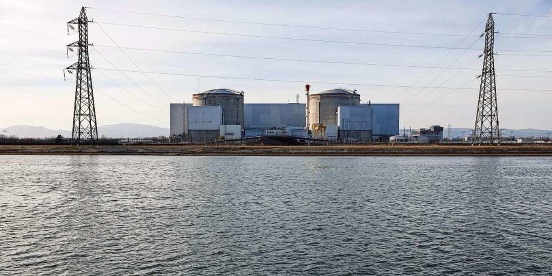 Das Atomkraftwerk in Fessenheim wird nun abgeschaltet.  | Foto: Jean-François Badias (dpa)