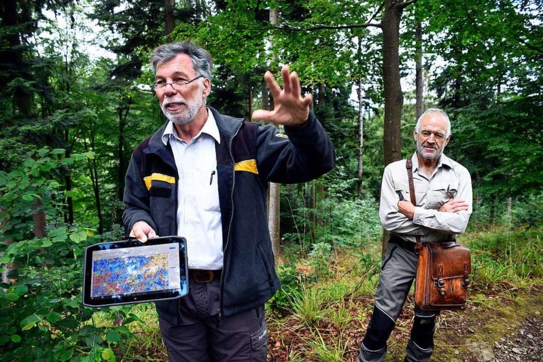 Rainer Wossidlo und Bernhard Friedmann...r die Zukunft  des Reviers diskutiert.  | Foto: Thomas Kunz