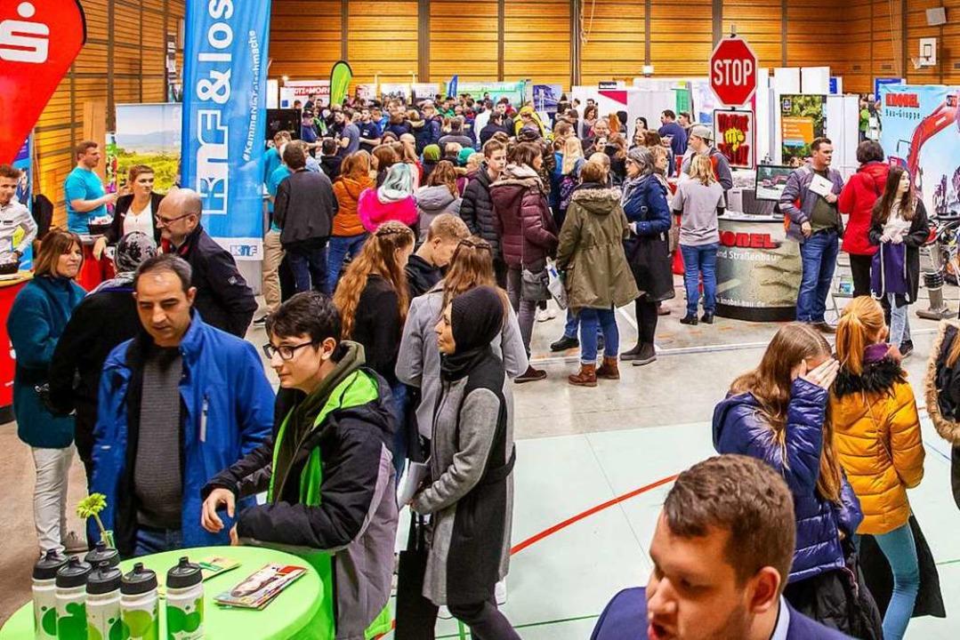 Ob die Jobmesse am Batzenberg im Janua... auf dem Foto würde es nicht zugehen.   | Foto: Joerg Breidenbach