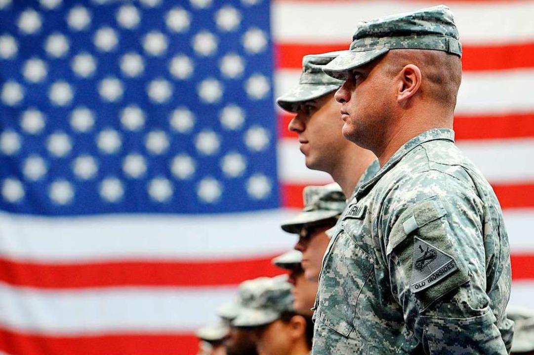 Schwächung der Nato befürchtet  | Foto: Frank May (dpa)