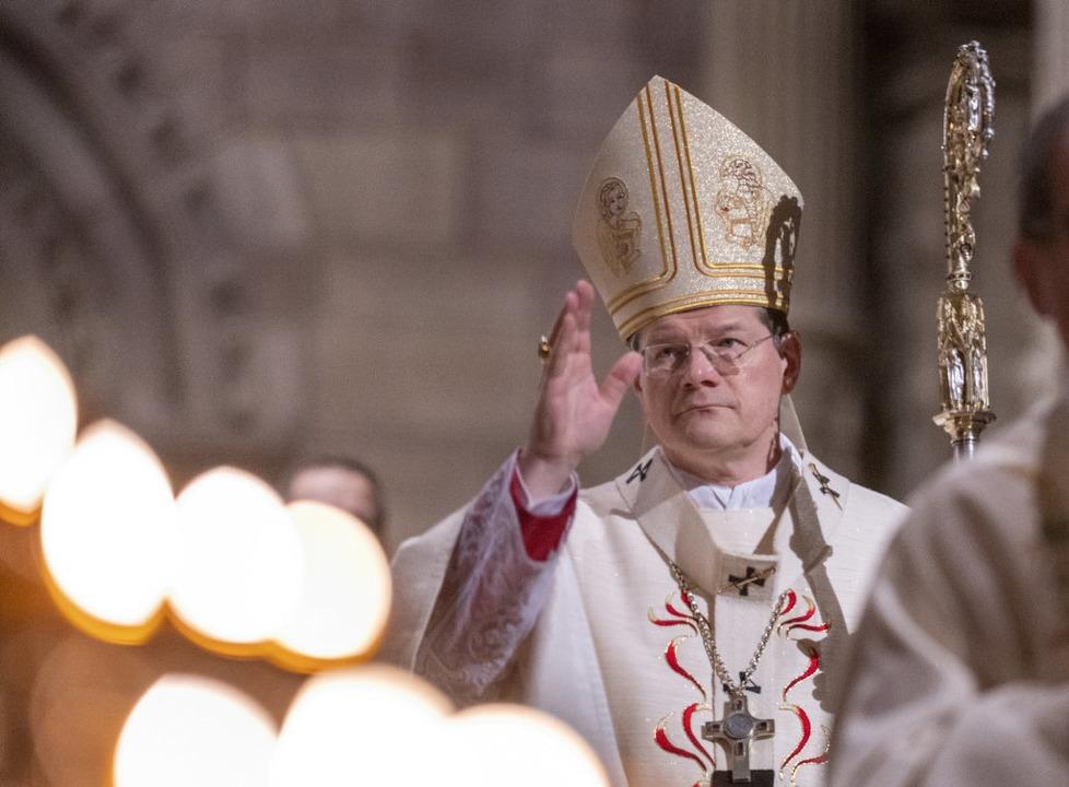 Erzbischof Burger im Freiburger Münster.  | Foto: Patrick Seeger (dpa)