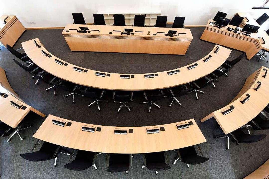 Wegen der Einhaltung der Abstandsregel...ur Zeit nicht im Ratssaal stattfinden.    Foto: Thomas Kunz