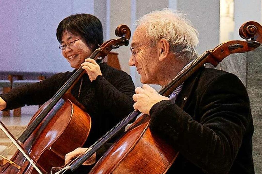 Die Cellolehrer der Freiburger Pflüger...thard Popp und Mika Tamura-Winkelmeier  | Foto: Pflüger-Stiftung