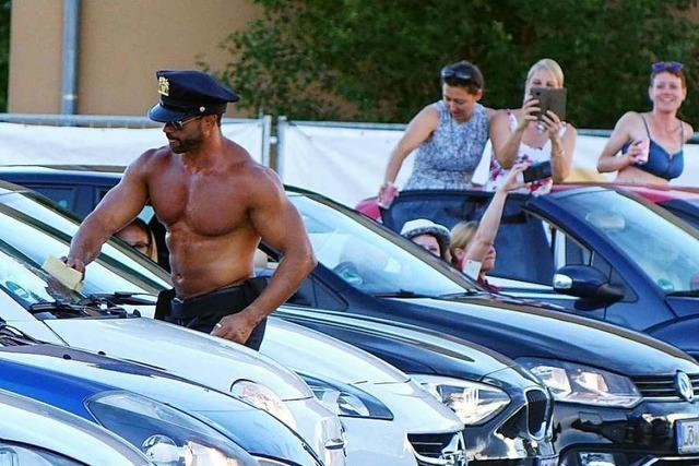 Stripper im Autokino Rheinfelden –