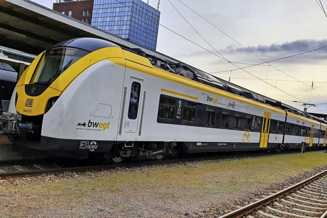Züge mit zu wenig Türen sind ein Probl...dieser Fehler nicht wiederholt werden.  | Foto: Sebastian Wolfrum