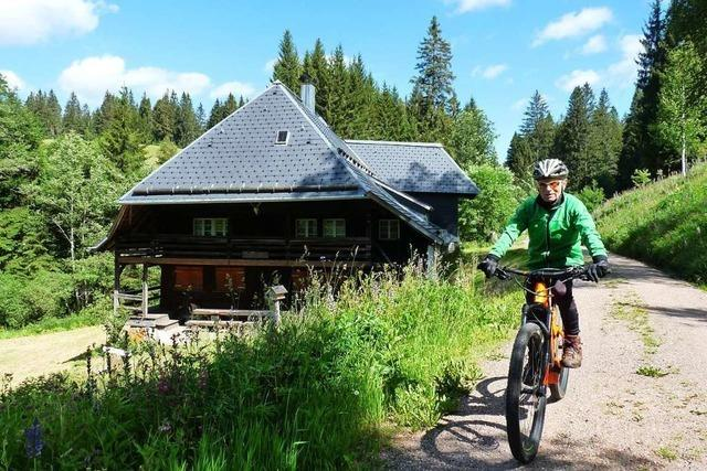Mit dem 82-jährigen Georg Thoma per E-Bike in die Vergangenheit