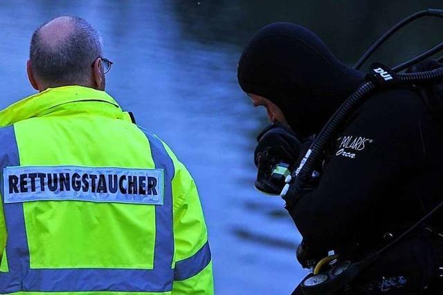 18 Jahre alter Nichtschwimmer ertrinkt bei Badeunglück in See